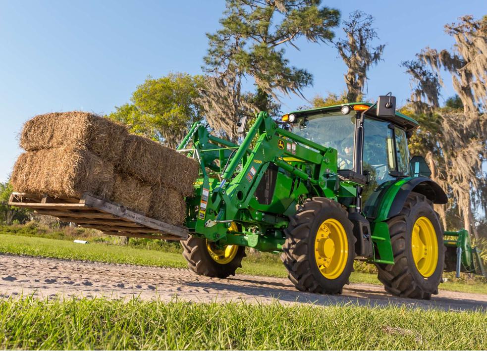 Трактор John Deere 5E Series