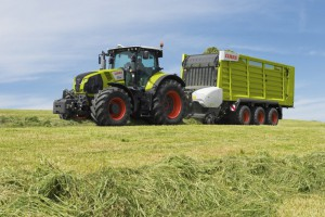 Новый трактор Claas Axion 870